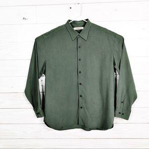 Tommy Bahama Men Button Down Silk Shirt